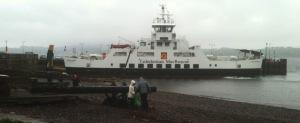 ferry toCumbrae